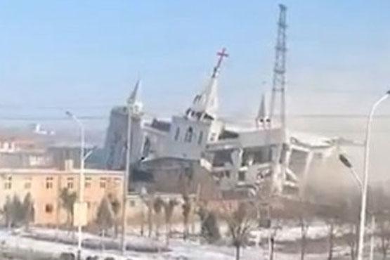Cán bộ Trung quốc phá hủy một nhà thờ khác ở tỉnh Thiểm Tây