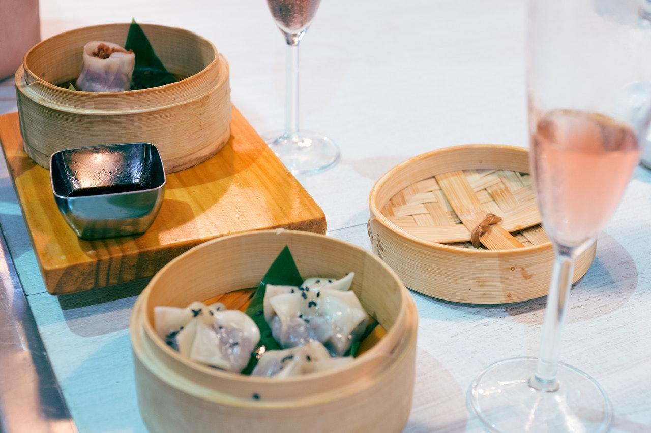 10 Things You MUST Eat in Hong Kong