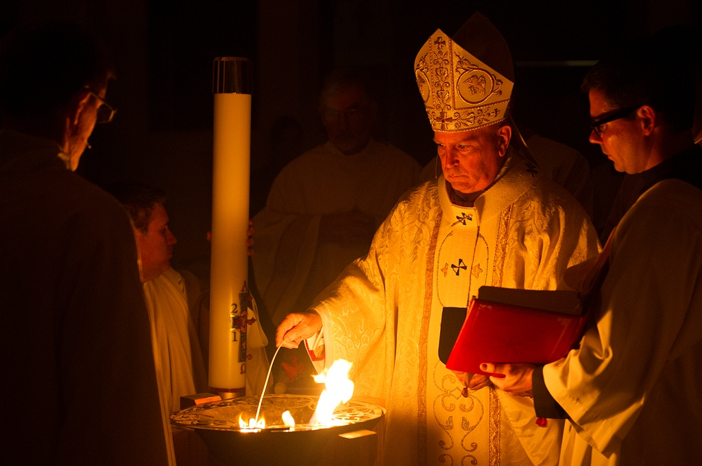 Easter_Vigil_Mass_1DP3315.jpg