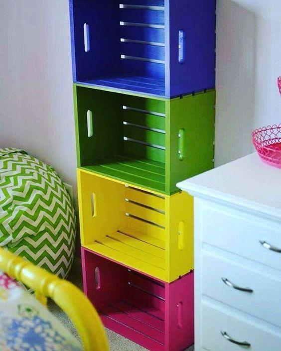 Como usar caixotes de madeira na decoração de casa