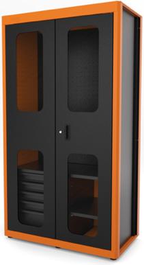 Uma imagem contendo monitor, no interior, fixado, microondas  Descrição gerada automaticamente