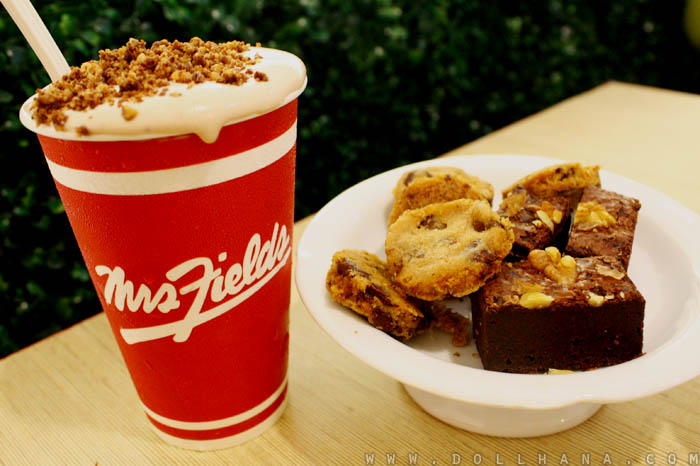 mrs fields cafe sm makati breezers cookie nibblers