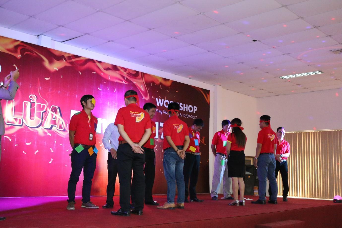 2. CBNV Công ty AFO hào hứng tham gia hoạt động Workshop.JPG