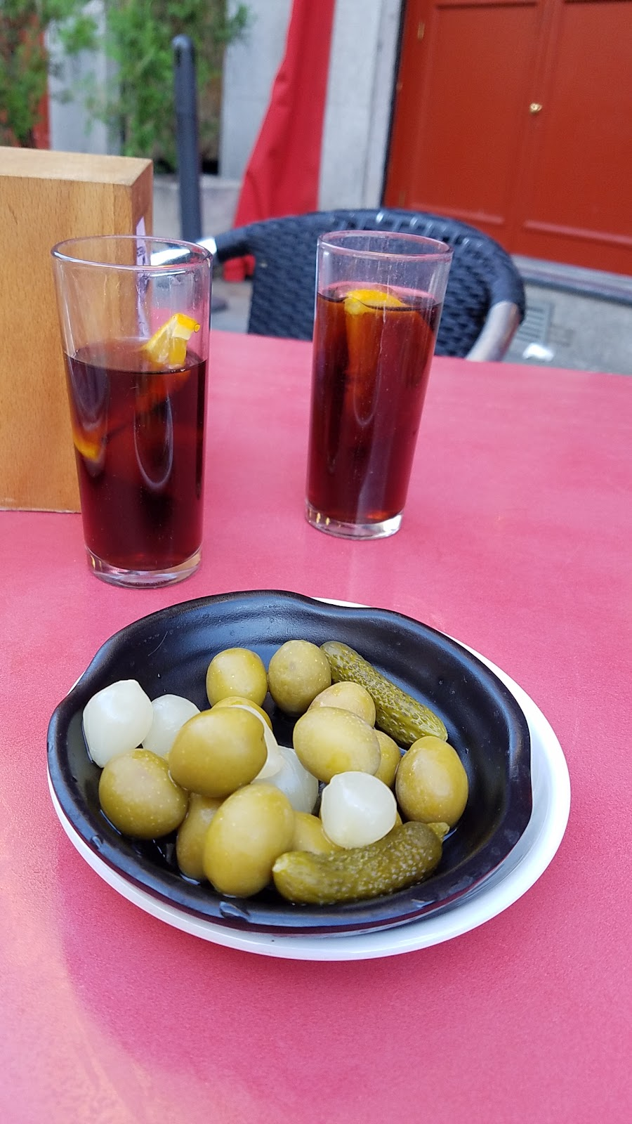 More vermouth and olives