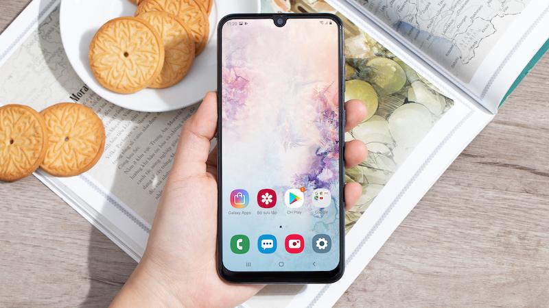 Điện thoại Samsung Galaxy A50 chính hãng | Mở khoá nhờ vân tay trong màn hình