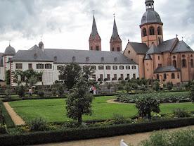 Seligenstadt, Dom