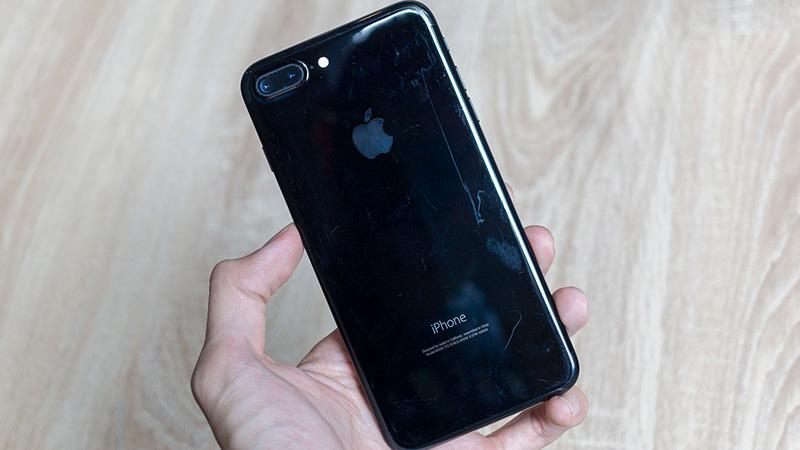 Thay Nắp Lưng iPhone 7/7Plus lấy ngay