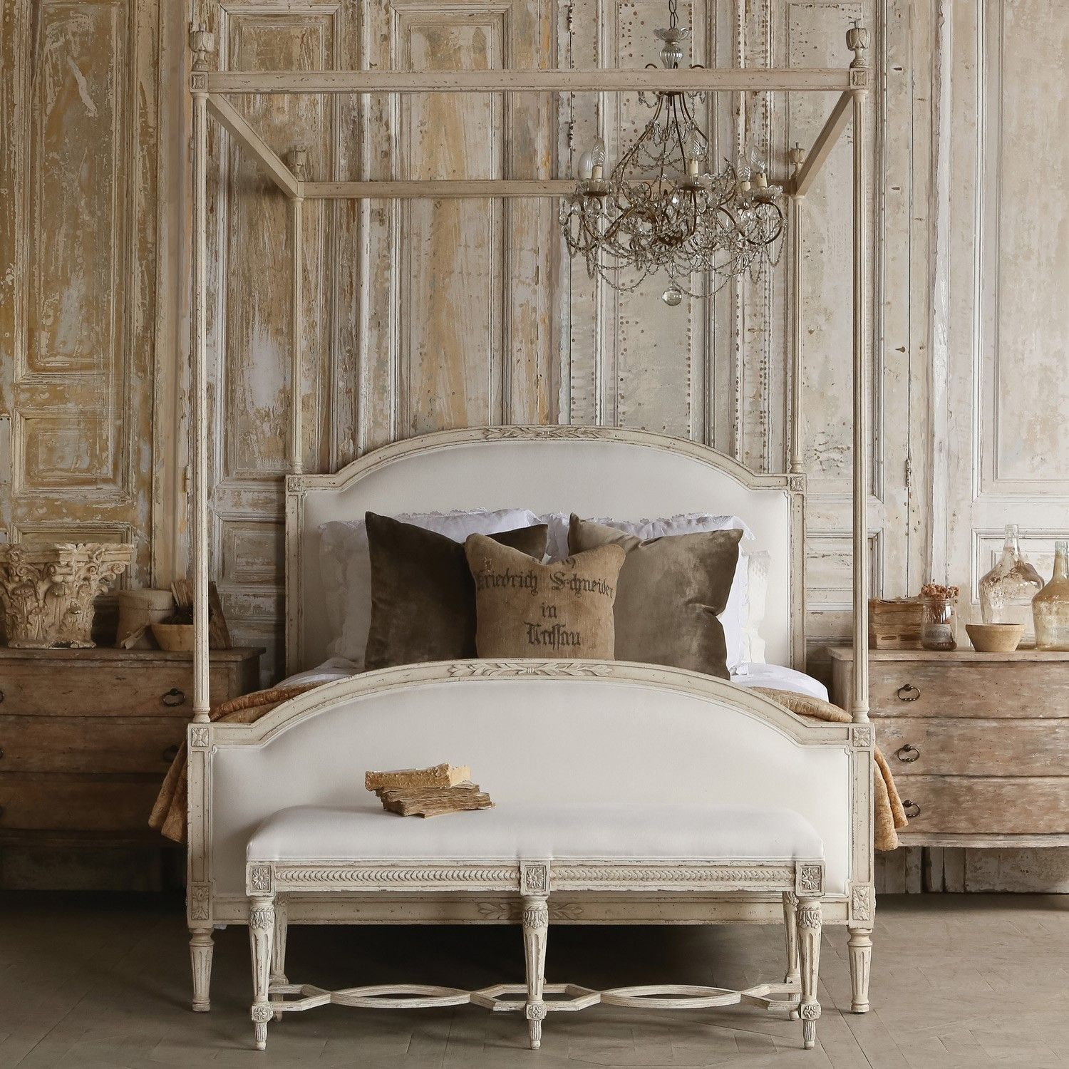 Shabby Chic Accent Wall