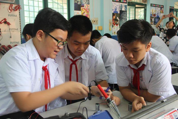 F:\CÔNG VIỆC\2021\Tháng 6\5- Anh Phối\7- Tổng hợp giáo án STEM môn Công nghệ ở trường phổ thông\giao-an-stem-mon-cong-nghe-10.jpg