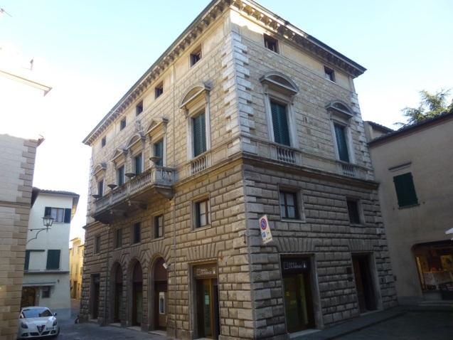 C:\Users\Gonzalo\Desktop\Documentos\Fotografías\La Toscana\103_PANA\103_PANA\P1030537.JPG