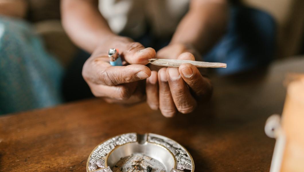 natte wiet roken