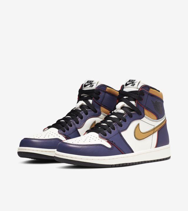 """Nike SB x Air Jordan 1 LA to Chicago"" มาลอกสีรองเท้าเปลี่ยนเมืองกันเถอะ 05"