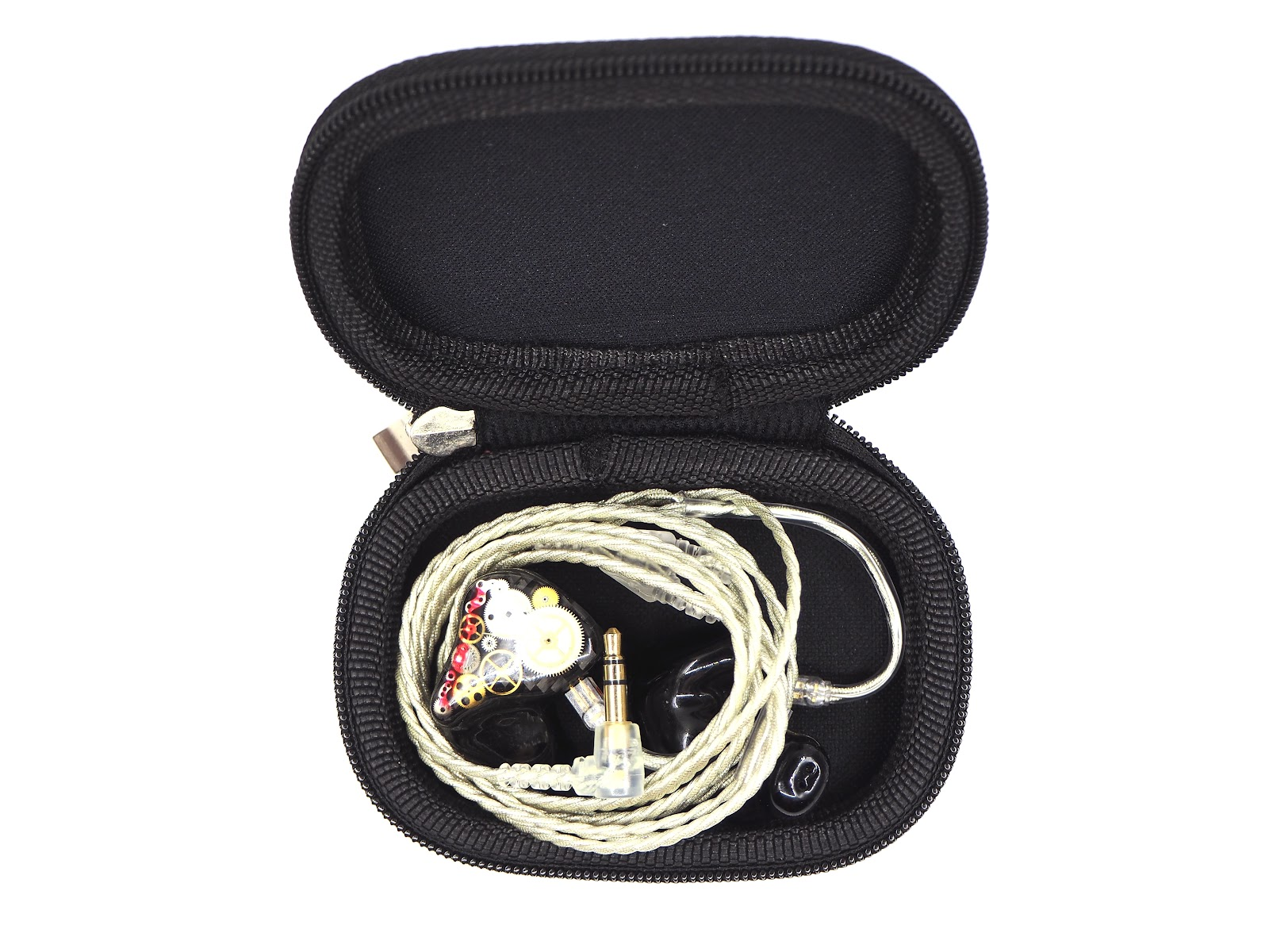 The stock cable and AV3 are stored in the case