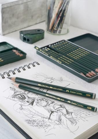 Castell 9000 Graphite Pencils with sketch