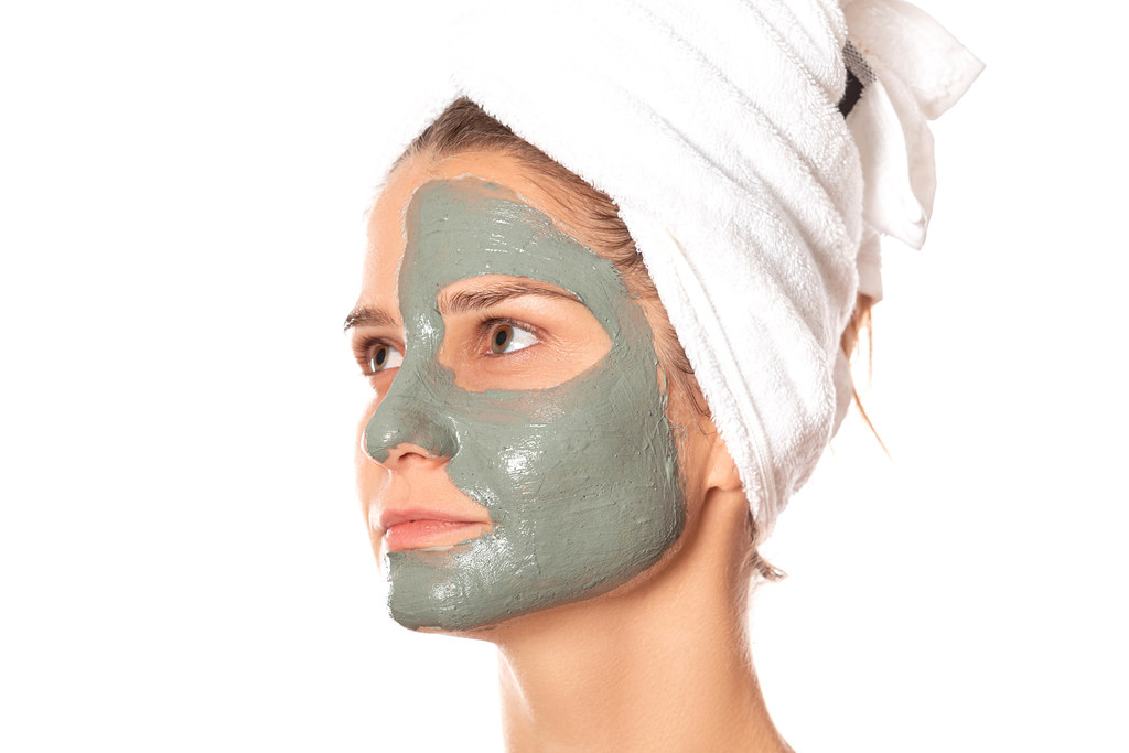 How to Make A Skincare Mask Out of Clay 3
