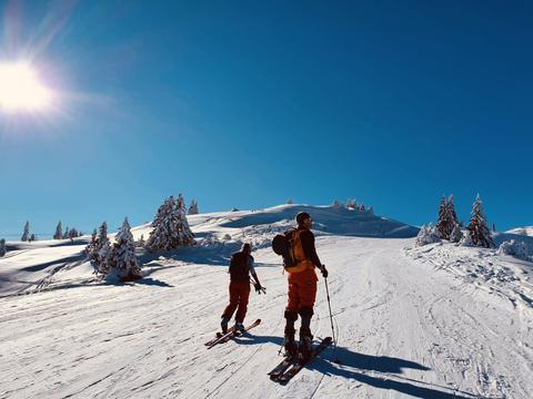 Randonnée moniteur de ski en famille Snooc