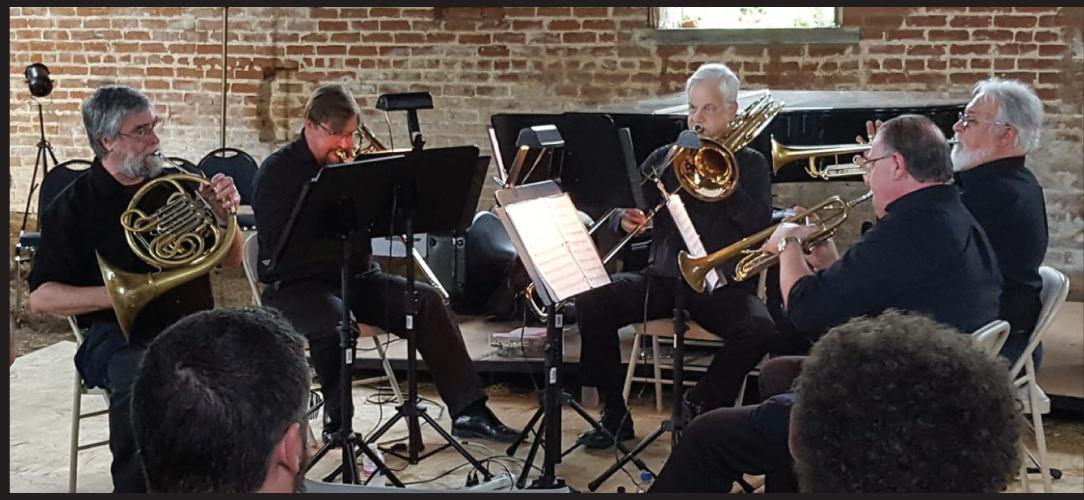 <h3>I-49 Brass Quintet<h3>