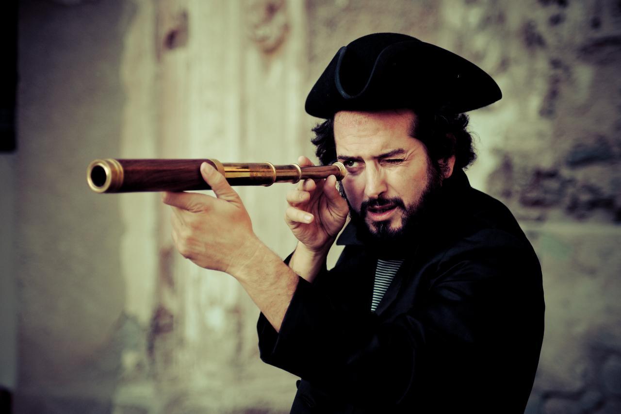 """Vinicio Capossela, nuovo disco tra """"marinai, profeti e balene ..."""