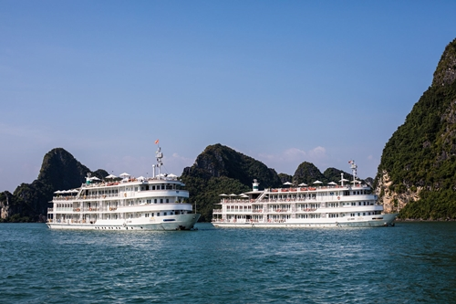 Halong Bay Luxury Cruise3.jpg