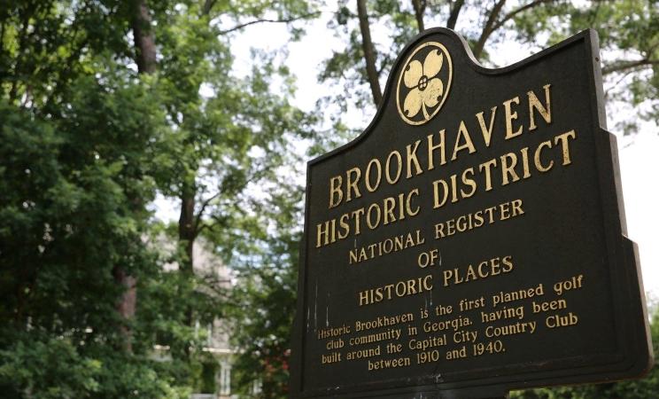 Brookhaven Historic District sign