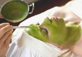 Mặt nạ bột đậu xanh trị mụn đầu đen hiệu quả, se khít lỗ chân lông