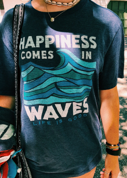 camisetavsco - happiness comes in waves - life is good