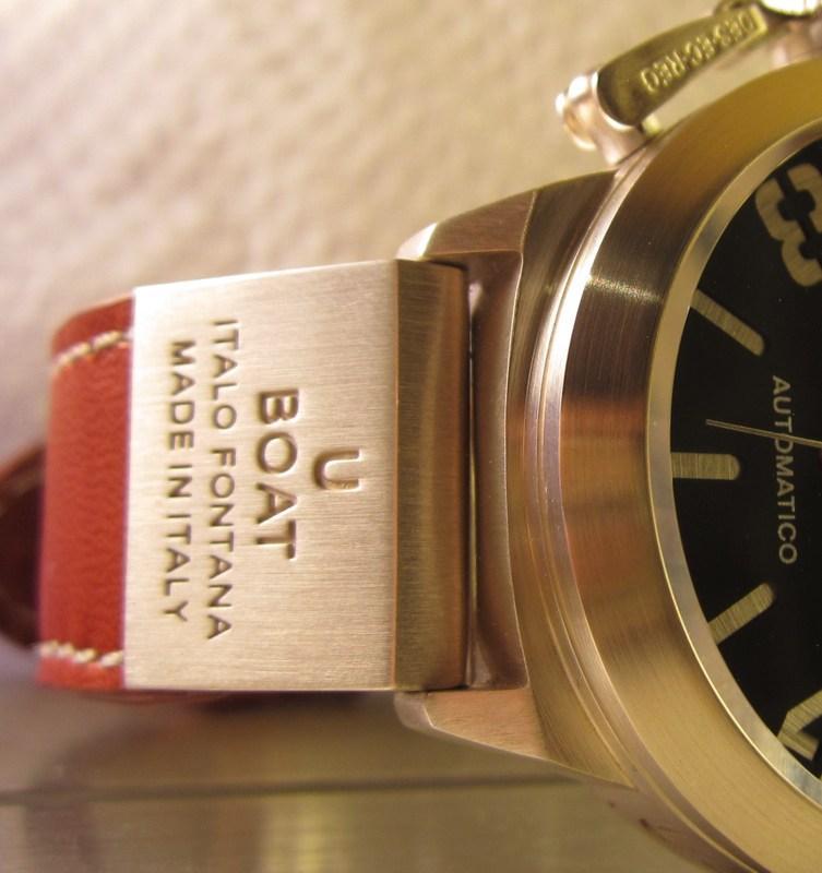 http://img201.imageshack.us/img201/7514/strapbadge.jpg