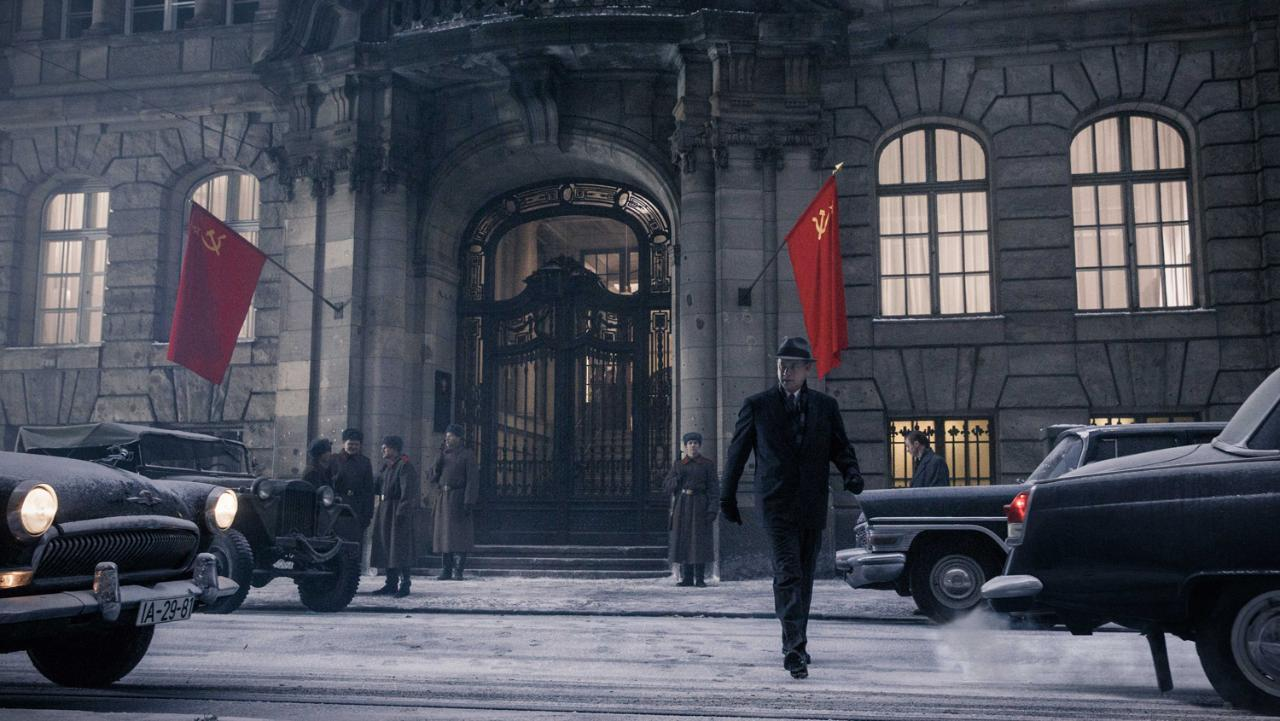 http://www.telegraph.co.uk/content/dam/film/Bridge%20of%20Spies/bridgeofspies2-xlarge.jpg