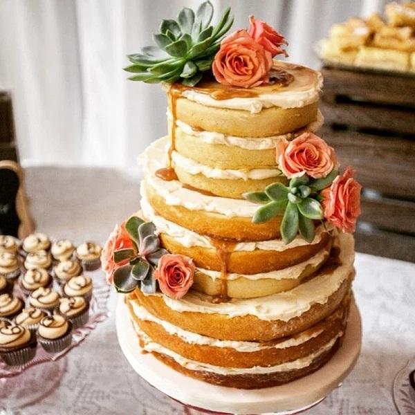 nhà hàng tiệc cưới TPHCM Riverside chia sẻ mẫu bánh cưới đẹp 1