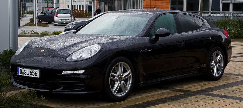 File:Porsche Panamera Diesel (970, Facelift) – Frontansicht, 3. März 2014, Düsseldorf.jpg