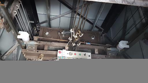 Hệ thống cáp tải kém chất lượng sẽ không bảo đảm vận hành thang máy an toàn