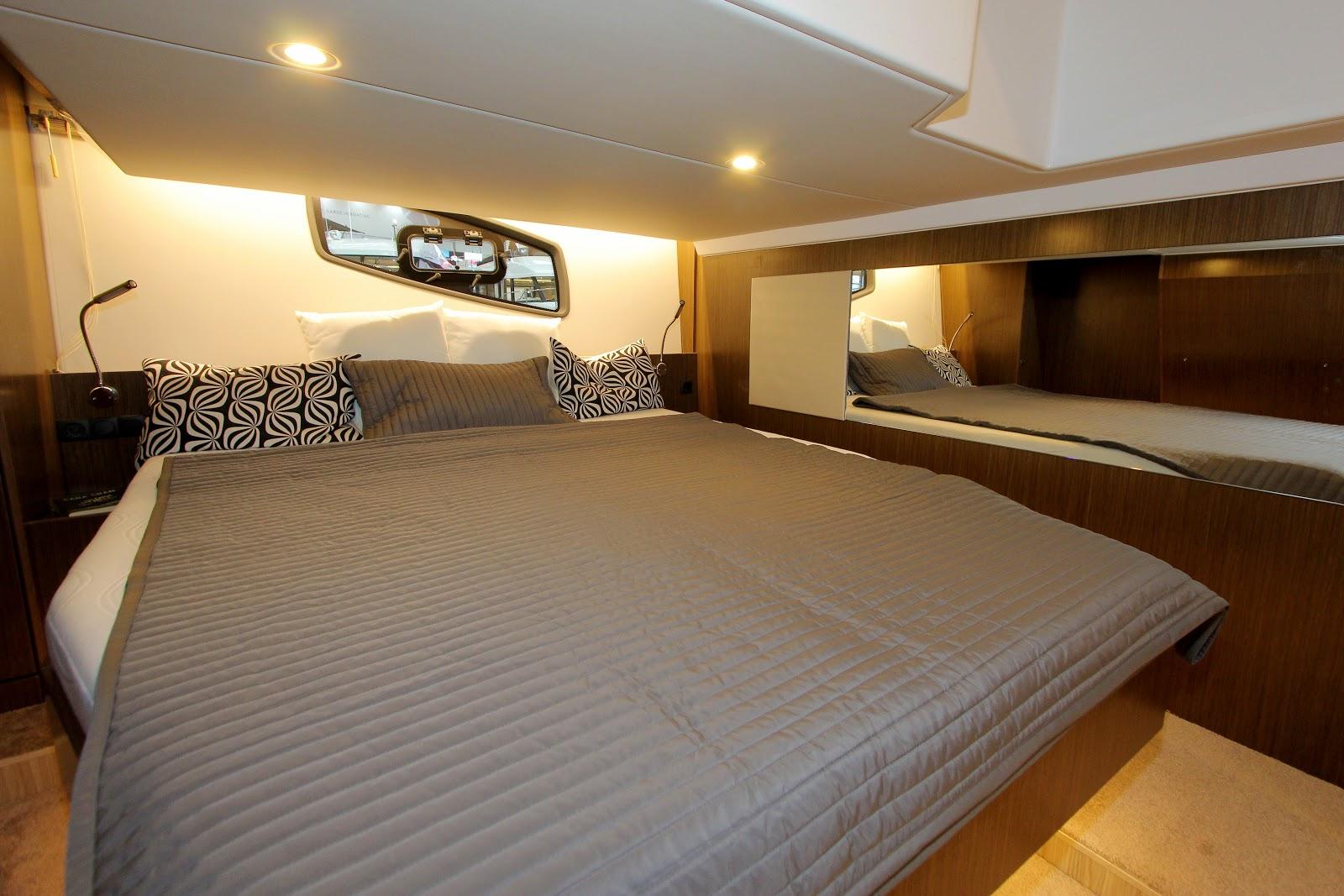 Bavaria SR 41HT спальня капитана