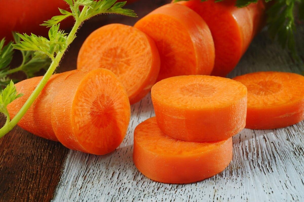 Những lý do để ăn cà rốt mỗi ngày nếu muốn có sức khỏe tốt - ảnh 1