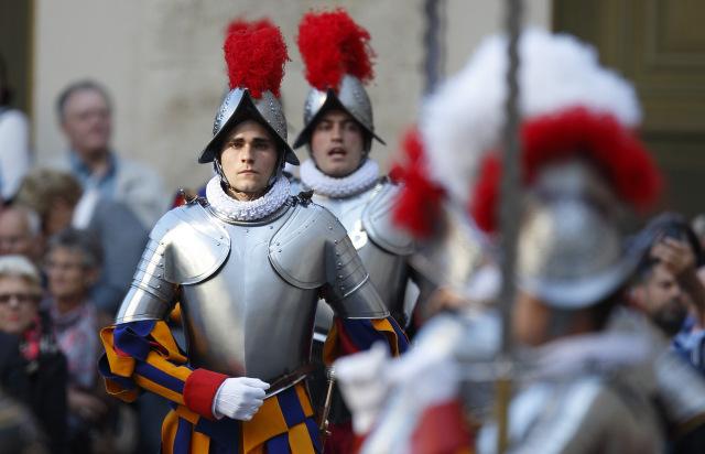 Lễ tuyên thệ của vệ binh Thụy sĩ
