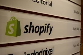 Ecommerce Platforms - What is Shopify?