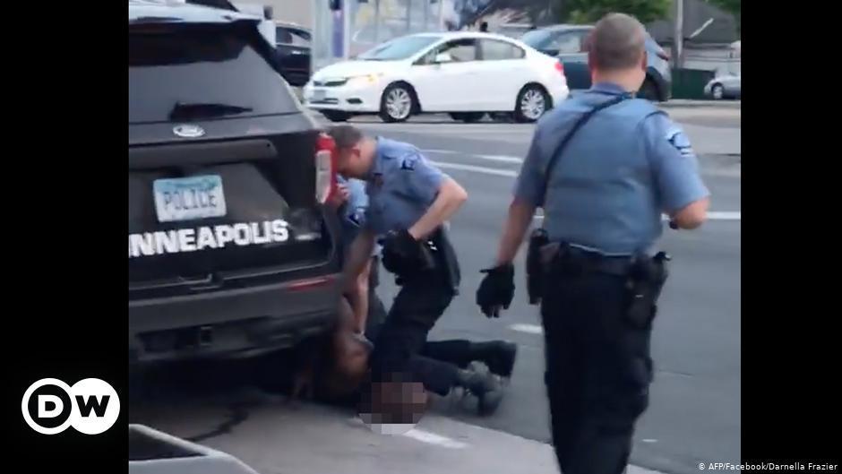 Acusan de asesinato en tercer grado a policía por muerte de afroamericano en  EE.UU.   El Mundo   DW   29.05.2020