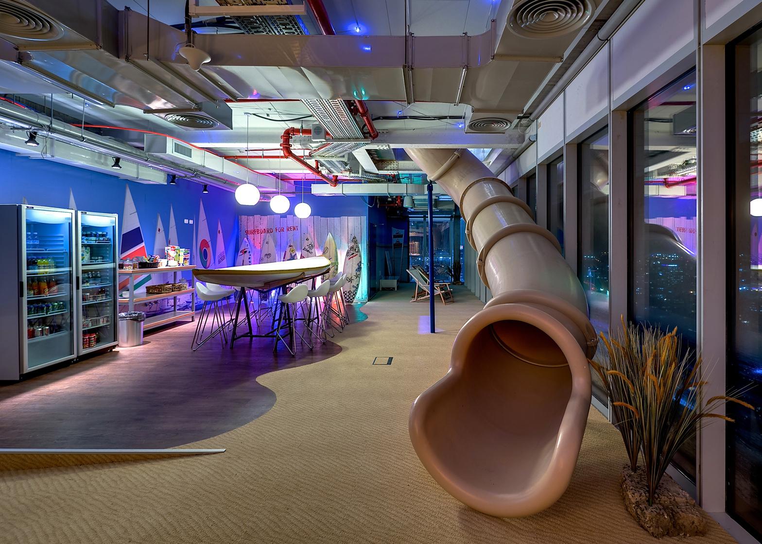 Sơn hiệu ứng Waldo-Văn phòng thiết kế phong cách vui nhộn