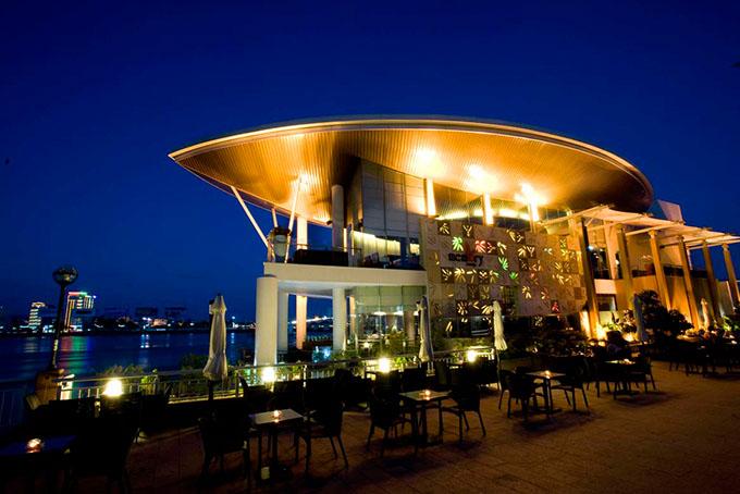 Nhà hàng Đà Nẵng một trong những lý do níu chân du khách