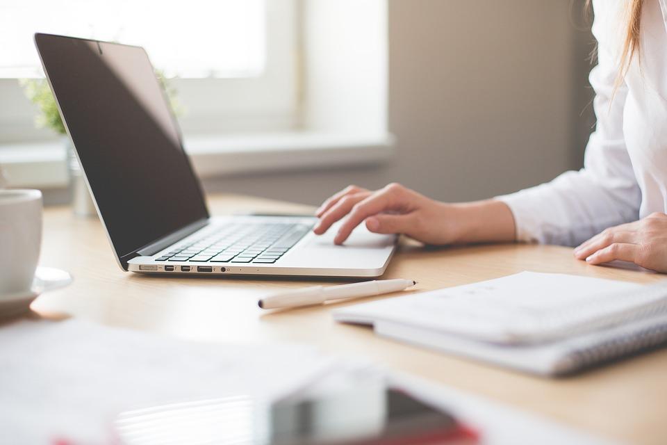 ノートブック, 仕事, 女の子, コンピュータ, 女性, ビジネス, 作業スペース, オフィス, タッチパッド