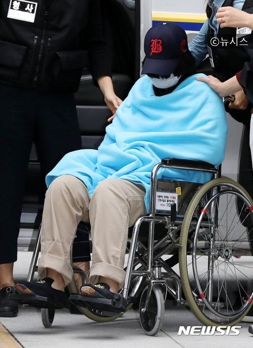 """""""Ông bố Molar"""": Phía sau hình ảnh ông bố tận tụy hết lòng vì con gái lại là tên sát nhân khiến cả Hàn Quốc căm phẫn - Ảnh 9."""
