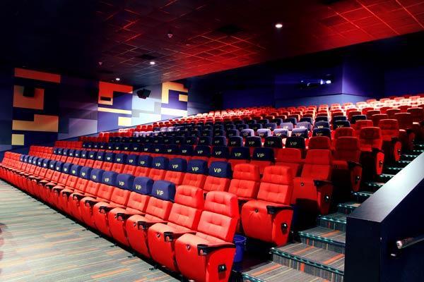 Chọn chất liệu ghế rạp chiếu phim từ da hoặc nỉ chống cháy