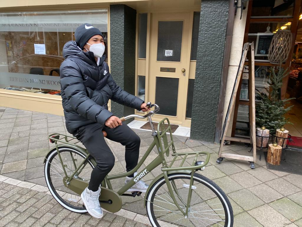 Bagus riding a bike in the Netherlands