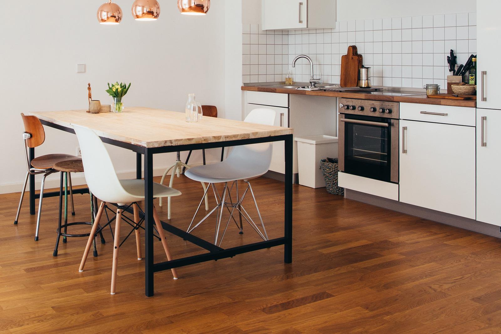 Cách chọn màu sàn gỗ phù hợp với nhà bạn