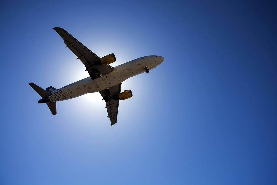 plane-1001287_960_720.jpg
