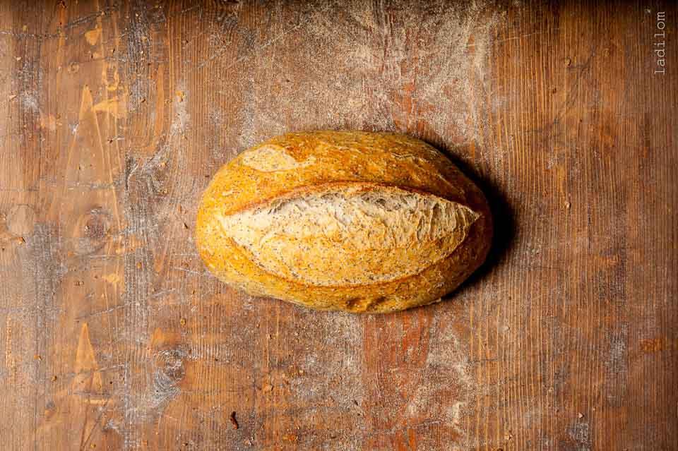 Mákos fehér kenyér