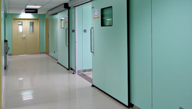 Hãy đến với thietbitudong.net.vn để được nhân viên tại đây tư vấn và lắp đặt cửa tự động bệnh viện nhanh nhất