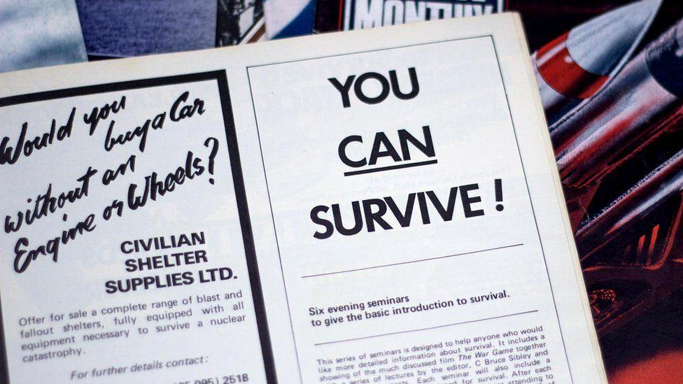 Реклама в журнале включала в себя услуги по строительству убежищ, проведение семинаров на тему выживания и даже специальные наборы вин для тех, кто готовится провести в убежище длительное время