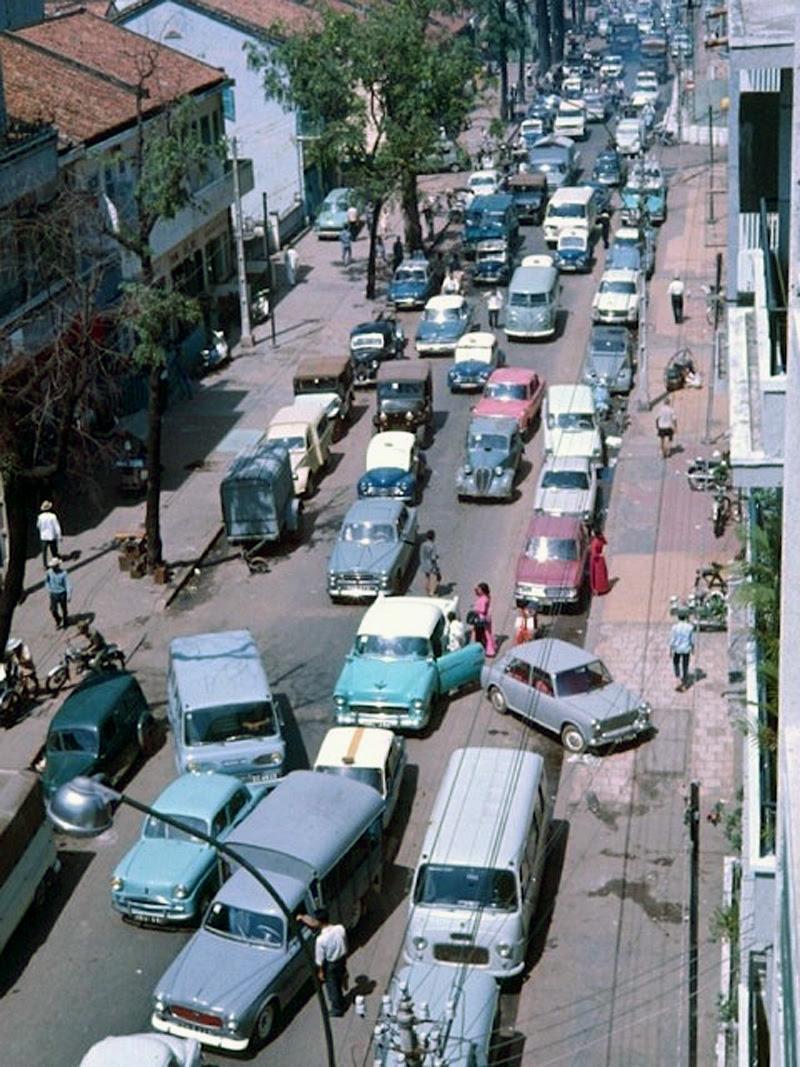 60 tấm ảnh màu đẹp nhất của đường phố Saigon thập niên 1960-1970 - 30