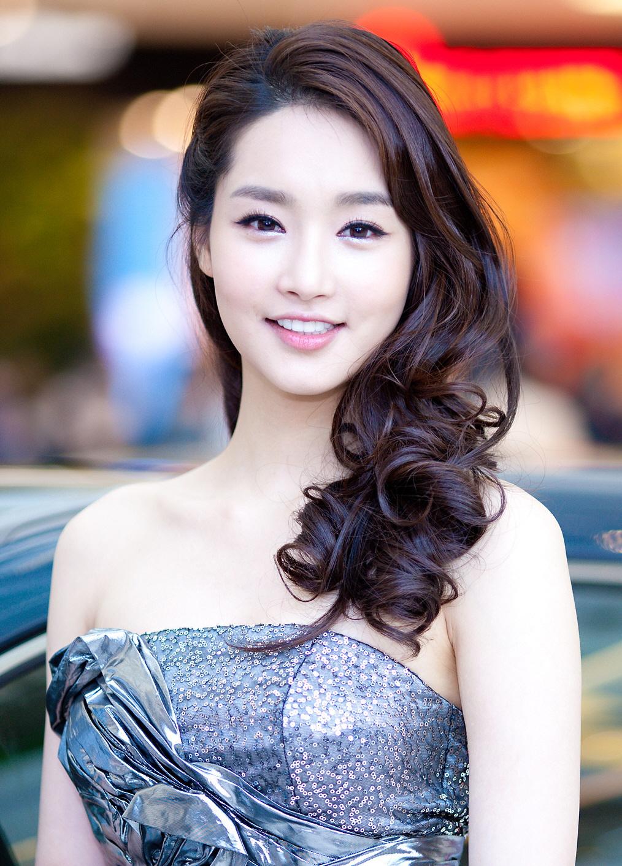 """Những ca phẫu thuật thành công của mỹ nhân Hàn: Đúng là không có gì là không thể, một bước """"vịt hóa thiên nga"""", lọt top gương mặt đẹp nhất thế giới - Ảnh 29."""