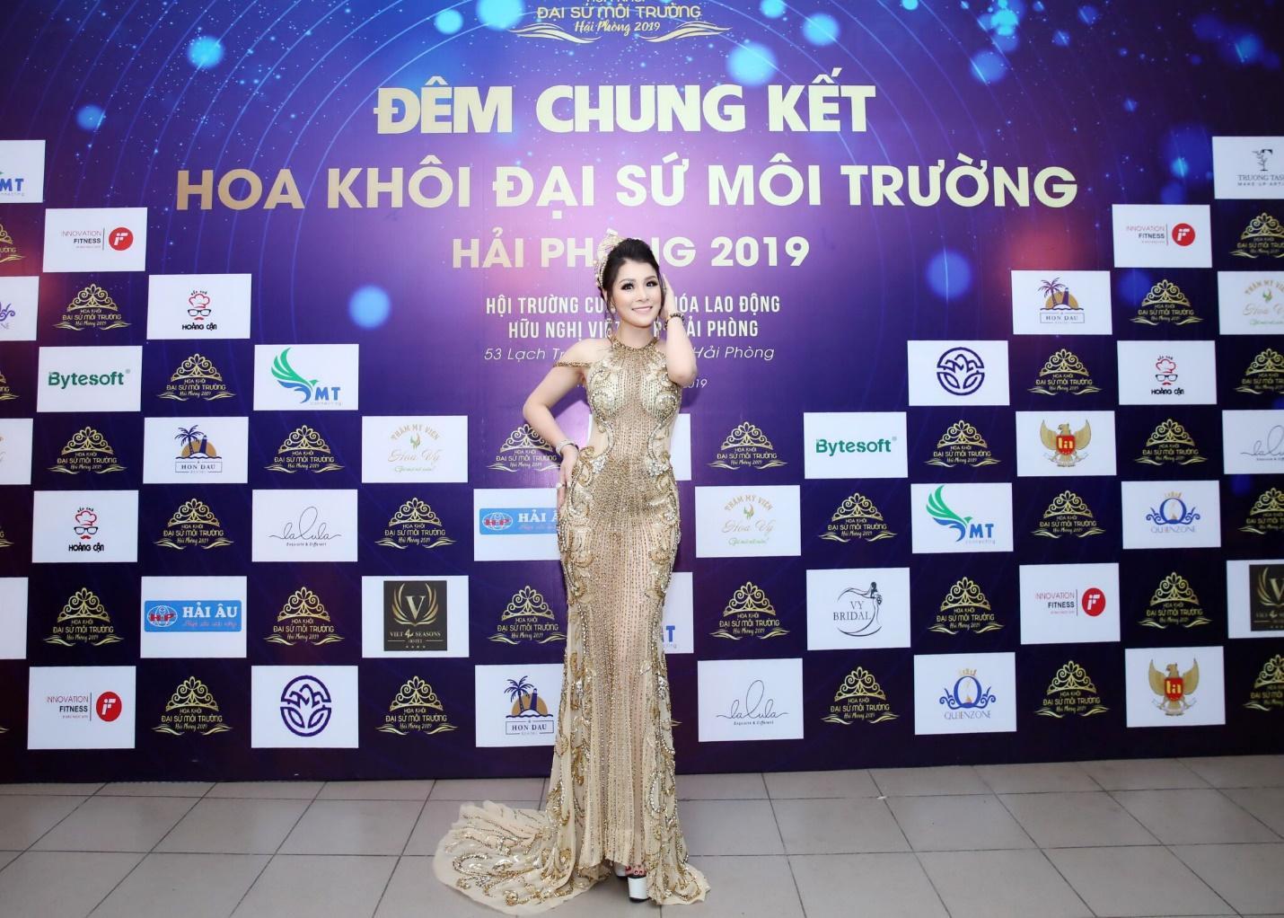 Hoa hậu doanh nhân Đàm Hương Thủy nổi bật khi ngồi ghế giám khảo Hoa khôi Đại sứ môi trường Hải Phòng năm 2019  - Ảnh 8